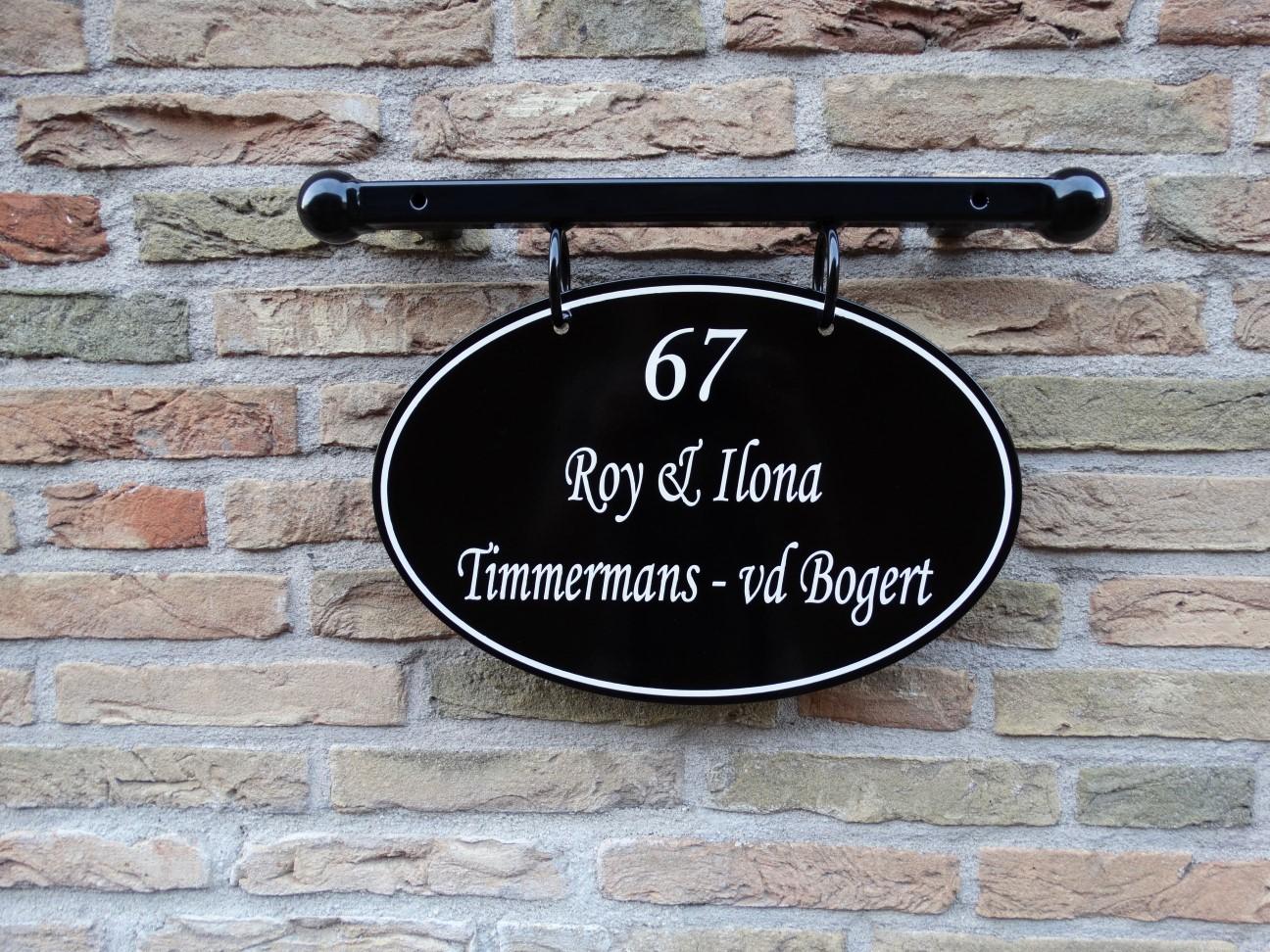 Handgeschilderd ovaal naambord huisnummer